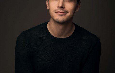'Queer Eye' star Antoni Porowski to replace Karamo Brown as homecoming guest speaker