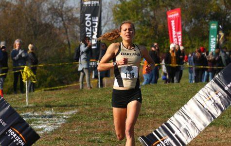 Maggie Schneider finishes senior year with 3-peat