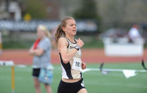 Maggie Schneider competes in National Championship