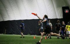 Ultimate Frisbee team runs miles for donations