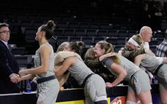 Oakland defeats UIC on women and girls in sports night