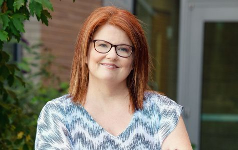 Professor wins engagement award in nursing