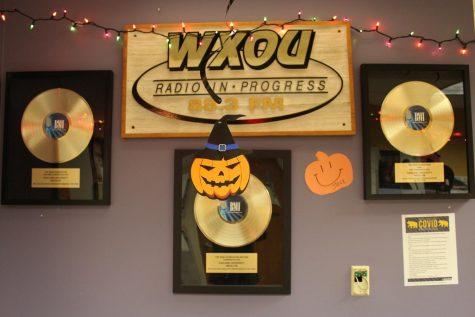 Haunted hallway, door decorating and prizes for Halloween