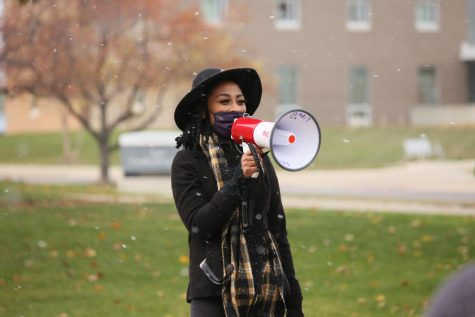Jai Carrero gives opening statements at the Black Lives Matter March on Sunday, Nov. 1. A crowd of 20-30 students gathered around her.