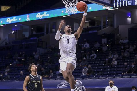 Oakland fell to the Xavier Musketeers 101-49 in their season opener.
