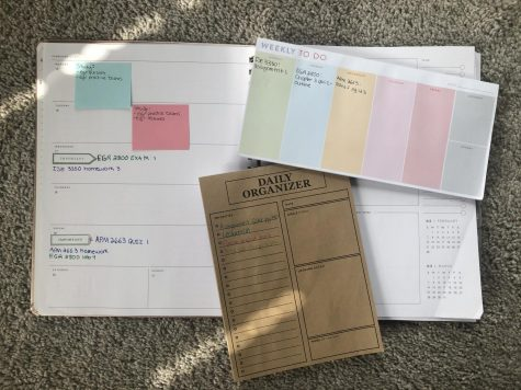 Kallen keeps numerous planners on hand at all times when she is doing school work from home. She has different styles and layouts so she can use whatever works best for her at that moment.