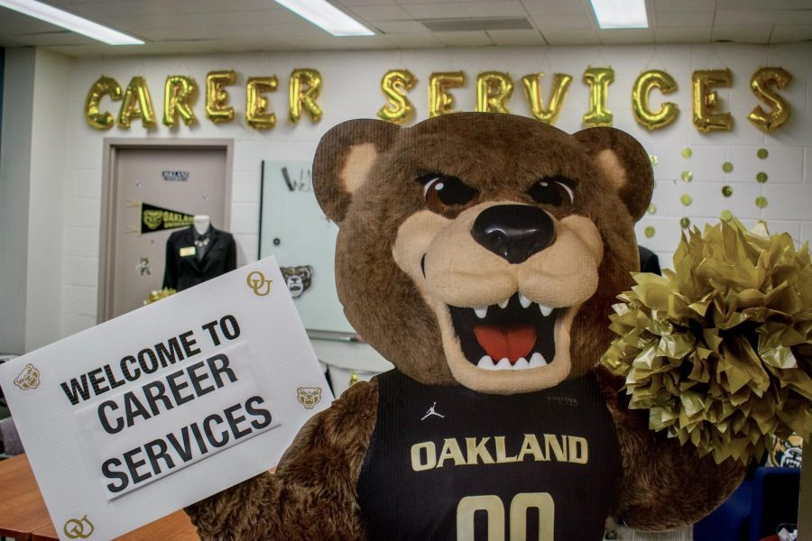 Grizz welcomes OU students into the Career Service Center.