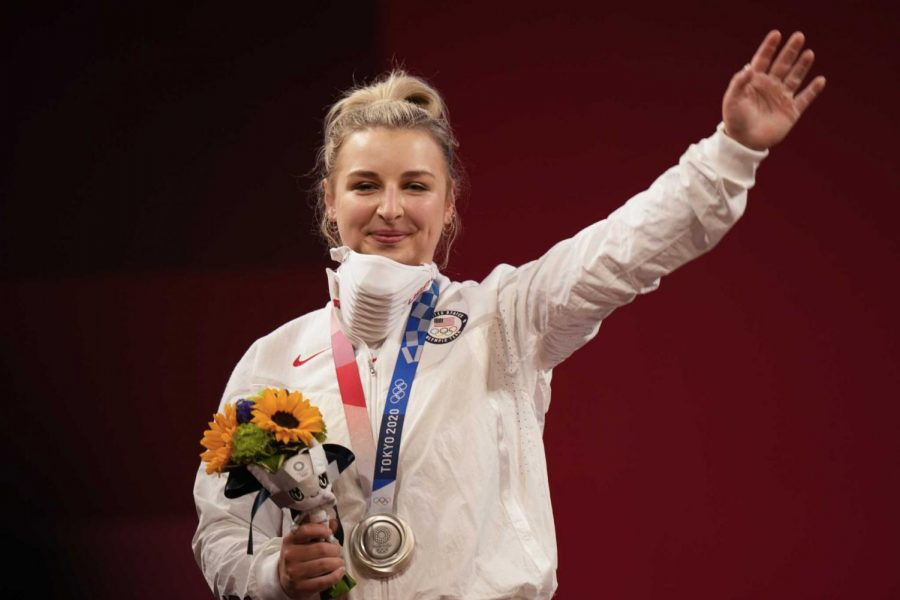 Kate Nye became the first American weightlifter in over 20 years to medal silver or better at the Olympics, earning a silver medal in the womens 76 kg/156 lbs category on Sunday.