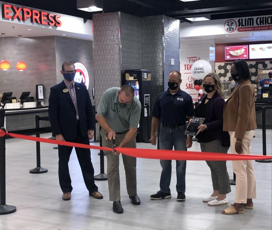 The Slim Chickens ribbon cutting ceremony took place on Tuesday, Sept. 7 in the OC.