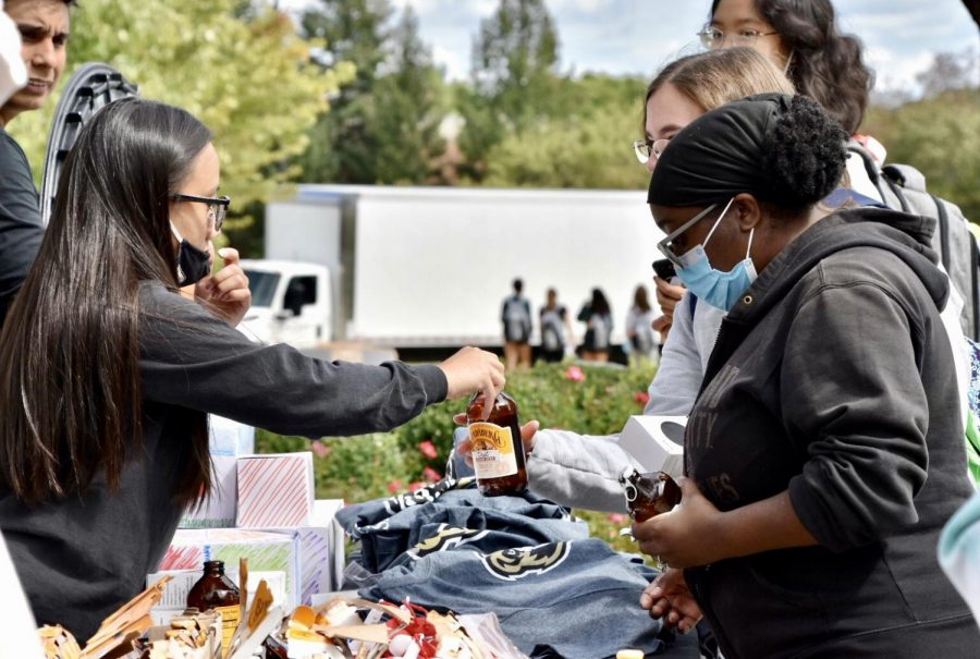 Students at OUs annual student involvement fair, Grizz Festival.