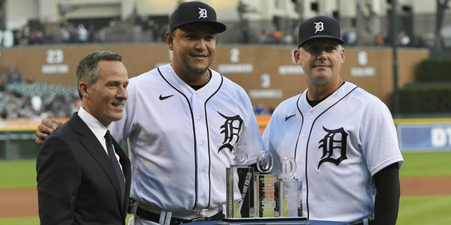 Miguel Cabrera with Manager A.J. Hinch and Owner Chris Ilitch before their game against the Kansas City Royals on Sept. 24, 2021.